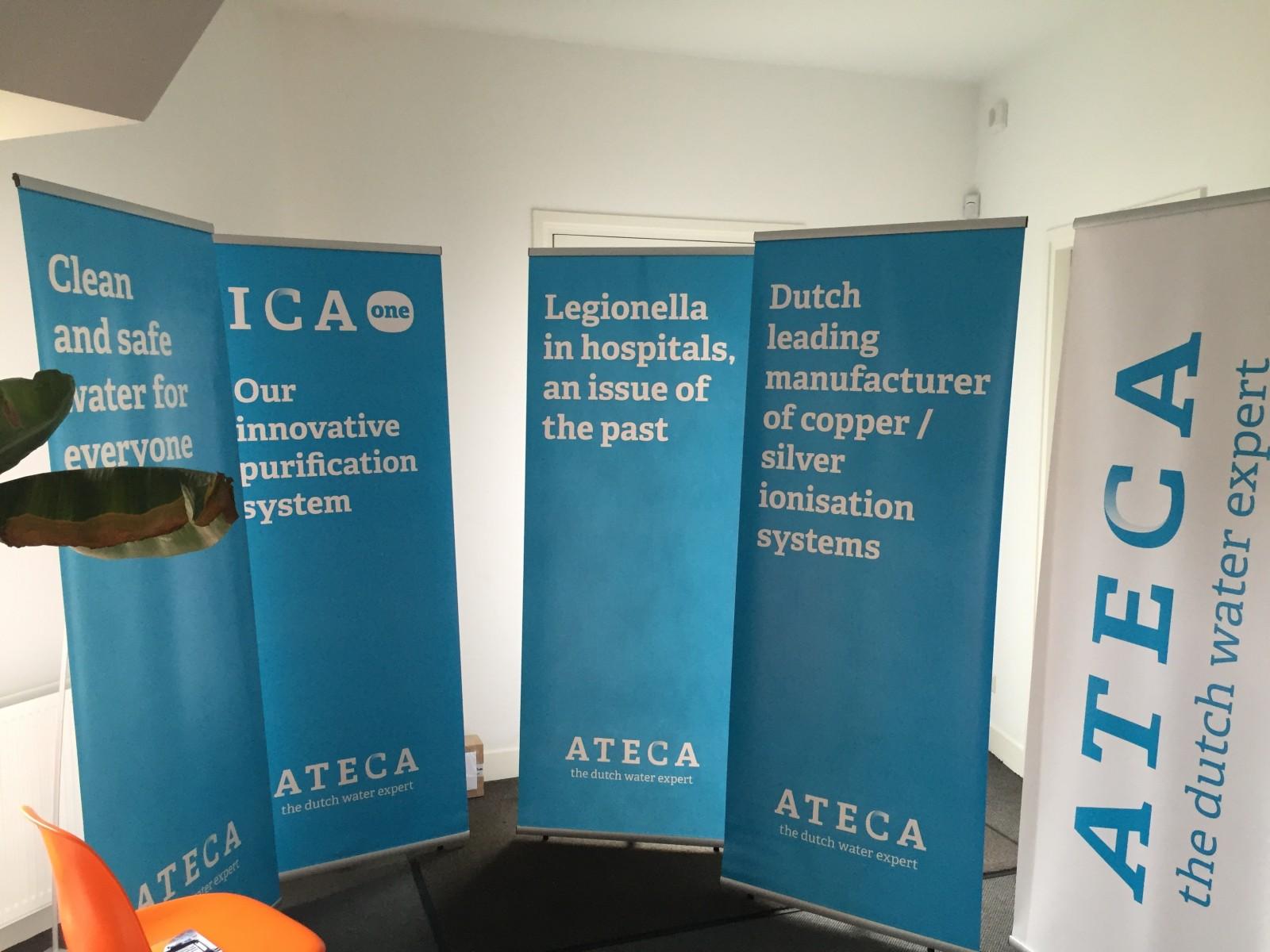 Beursaankleding met decoframes en L-Banners voor Ateca - Jumble